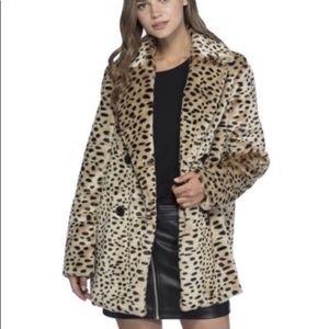 Wildy Chic Avec Les Filles Leopard Plush Car Coat